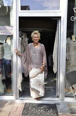 b_250_0_16777215_00_images_mitglieder_Jeans_Fashion_Hennes.jpg